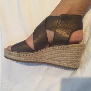Beautiful new Eileen Fisher espadrille wedges